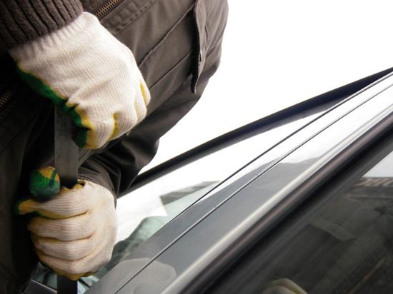 1fc7cc730b306c041d9882ded486a5fb - Эксперт раскрыл признаки готовящегося угона машины