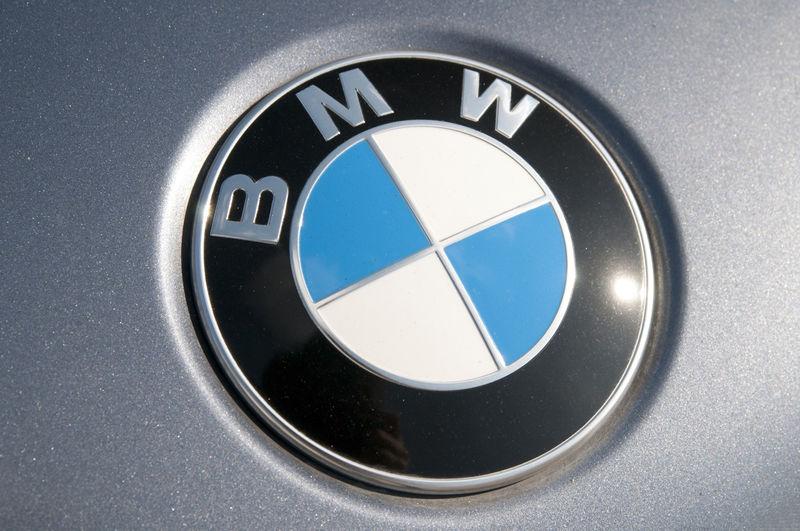 mOHN JBpS 3d0wq3GonAhAs800 - Производство BMW в России приостановят: нет компонентов